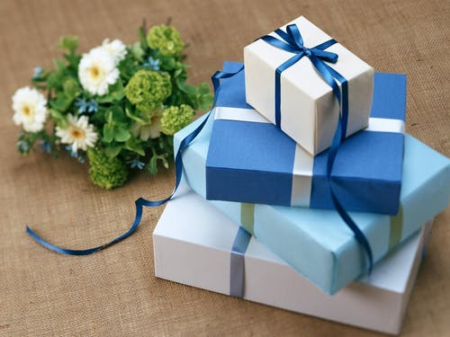 Ways to Create a Gift Box for Christmas