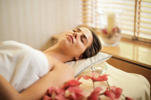 The Positive Effects of Aromatherapy for Relaxation Massage
