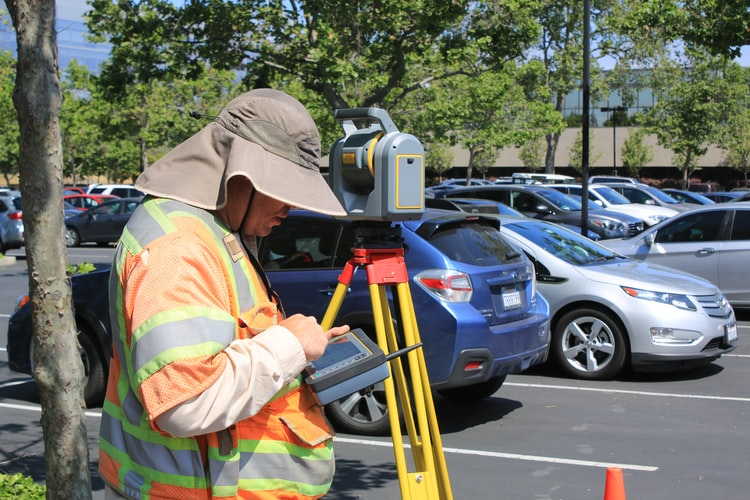 All About Becoming a Land Surveyor