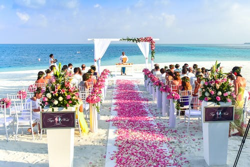 Ways to Ensure Your Guests Have A Good Time at Your Wedding