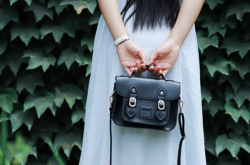 Take Care of Your Favourite Handbags with These Tips