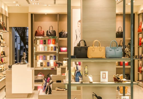 The main tips to know about finding a clothing store for a new wardrobe